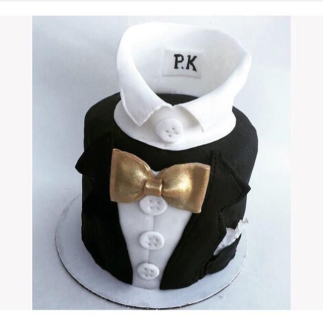 Gentleman's cake  Which do you like better, the black fondant or white??? • • Fancy Frostings  @_virginice