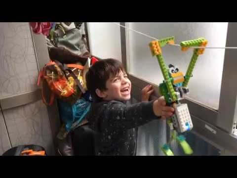 Lego Wedo 2.0 - Monkey - YouTube