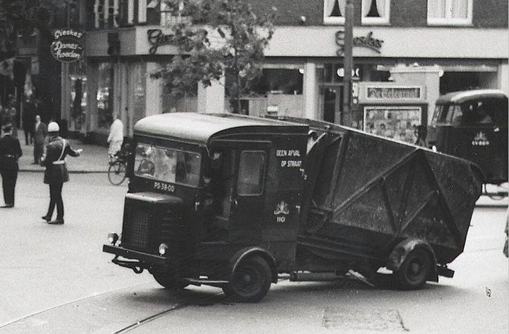 1960's. Faun Vuilniswagen GVB 110 (PS-38-00) truck of the Stads Reiniging (municipal sanitation service) of Amsterdam. Photo Wouter Duijndam. #amsterdam #1960 #StadsReiniging