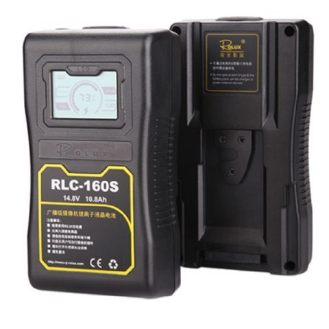 Rolux V-Mount Accu RLC-160S 160Wh 148V  De Rolux V-Mount Accu RLC-160S is een professionele Lithium Ion accu met een capaciteit van 105Ah en 160Wh met LCD scherm. De status van de accu wordt aangegeven op het LCD scherm.  De accu is vrij van het memory- effect wat inhoud dat u de accu altijd kunt opladen ook al is hij nog niet volledig leeg. Hierdoor zullen de prestaties van de accu niet verminderen. Het opladen van deze accu met behulp van de Rolux RL-2KS lader zal ongeveer 25 uur duren…