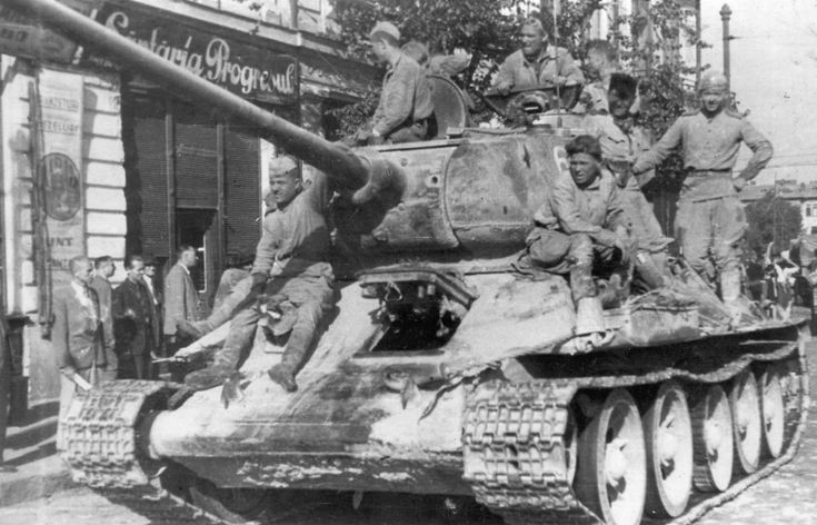 Russian T-34-85 in Bucarest.