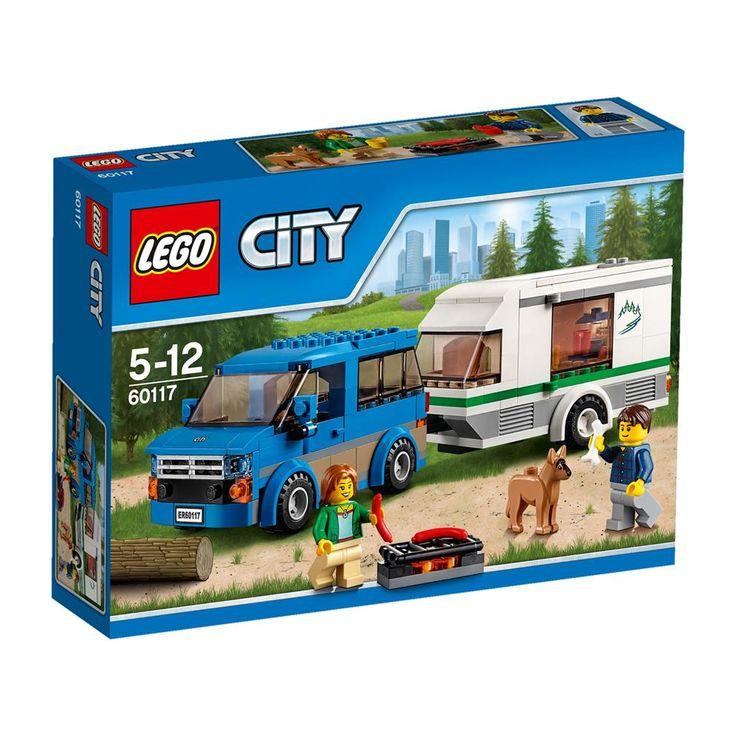 Met het LEGO® City busje en de caravan ben jij klaar voor de vakantie. Pak de barbecue, het eten en de koffiemachine maar in! Vergeet ook het bot van de hond niet. Naar welke camping gaan we deze keer? Jij beslist, want jij rijdt de wagen!