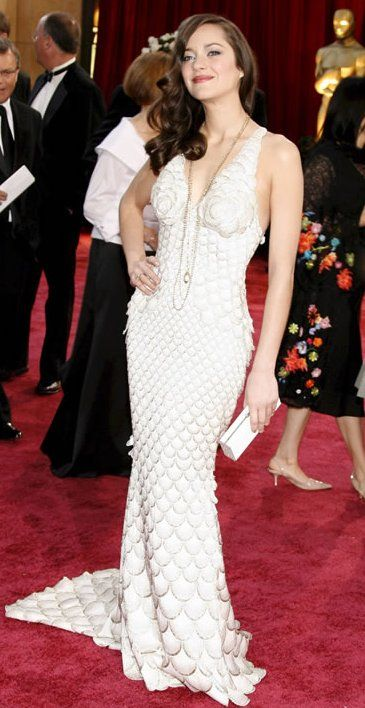 "2007 MARION COTILLARD walking the red carpet in a Jean Paul Gaultier gown shortly before her Oscar win for her work in the movie ""La Vie En Rose"""