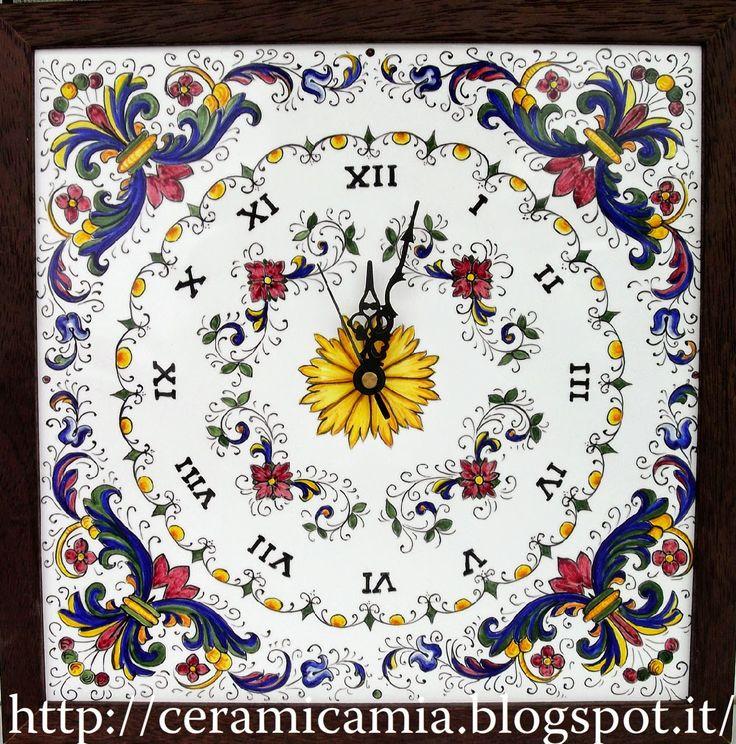 Realizzo  #orologi  dipinti a mano su ordinazione #ceramica #Italy http://ceramicamia.blogspot.it/p/orologi.html