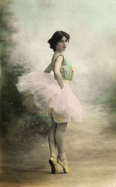 SoYouThinkYouCanSee. Prima Donna 1899.