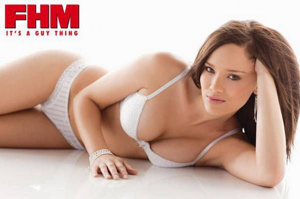 Remember when rachael ray stripped down to her skivvies for fhm