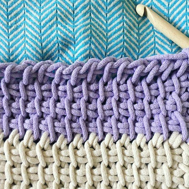 Tunisian crochet colour change #imk #imakeknots #knit #crochet #tunisiancrochet #afghancrochet #extremecrochet #instacrochet #diy #maker #widn #london #abm #abmcrafty #yarn #fabricyarn #ropeyarn #handmade #tumblr #twitter #craft #knot #upcycled #bobbinyropeyarn