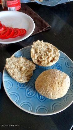 Frisch gebackenen Dinkelbrötchen