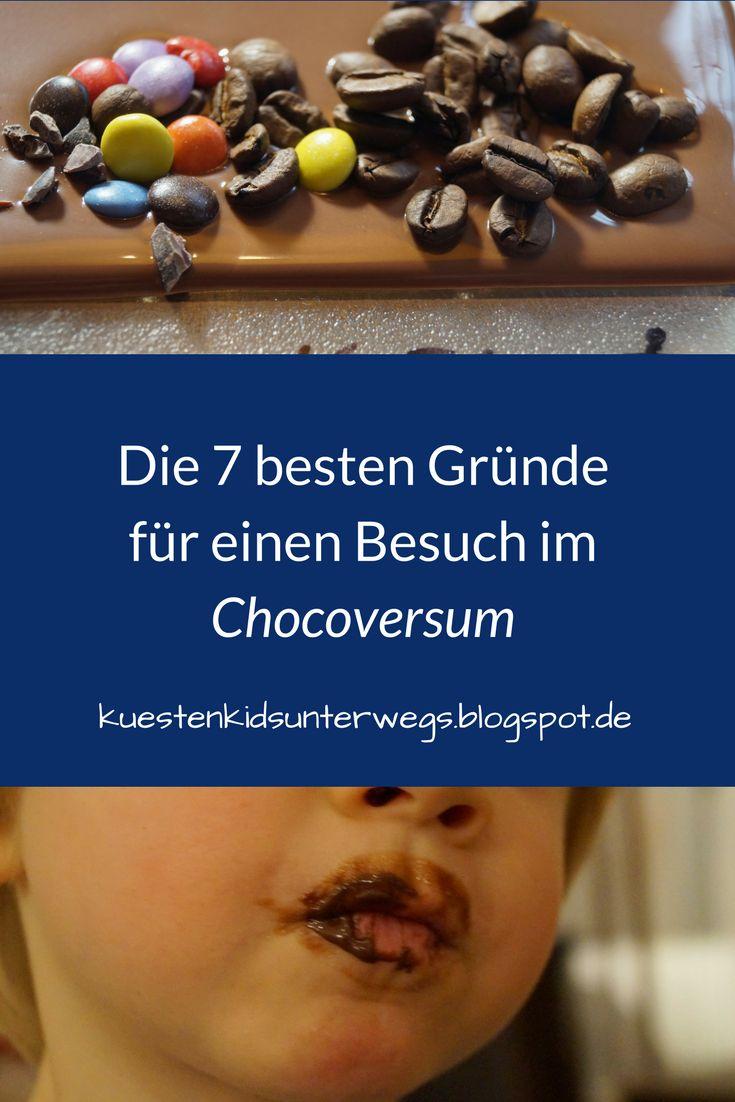 Die 7 schokoladigsten Gründe für einen Besuch im Chocoversum. Das Chocoversum in Hamburg ist die schokoladigste Adresse in Hamburg und definitiv einen Besuch wert! Schokolade ohne Ende und Ihr mittendrin - ist das nicht ein Traum? Auf Küstenkidsunterwegs liefere ich Euch 7 schokoladige Gründe für einen Besuch im Chocoversum und erzähle Euch, was wir mit unseren Kindern dort alles erlebt haben.  #hamburg #schokolade #schokoladenmuseum #chocoversum #kind #familie