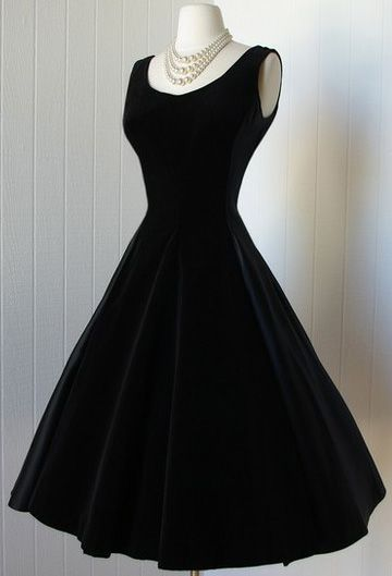 diane keaton dress | Infinitely versatile, the chic black dress is a wardrobe must-have ...