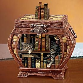 "Wysocki Music box! I want it! plays ""All I Have to do is Dream"""