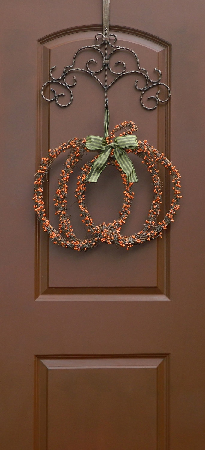 Pumpkin Wreath Love the paint color on the door!