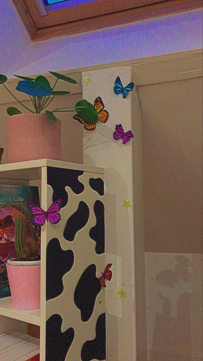 Indie Bedroom, Indie Room Decor, Cute Room Decor, Aesthetic Room Decor, Room Wallpaper Designs, Chambre Indie, Pinterest Room Decor, Pastel Room, Neon Room