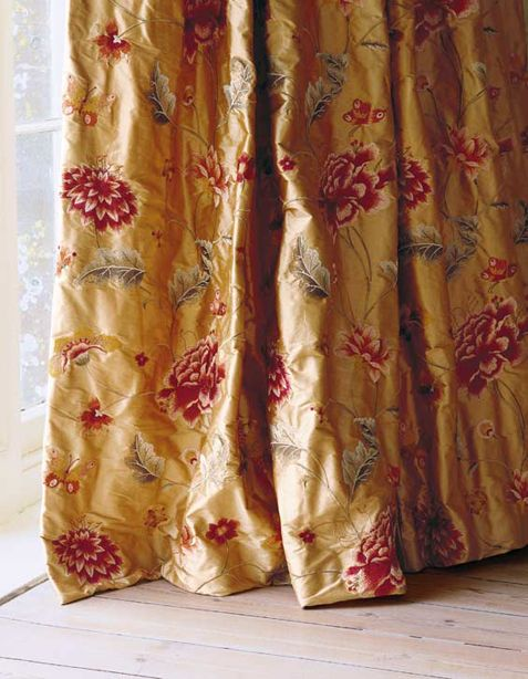 Colefax and Fowler - premier english fabric house