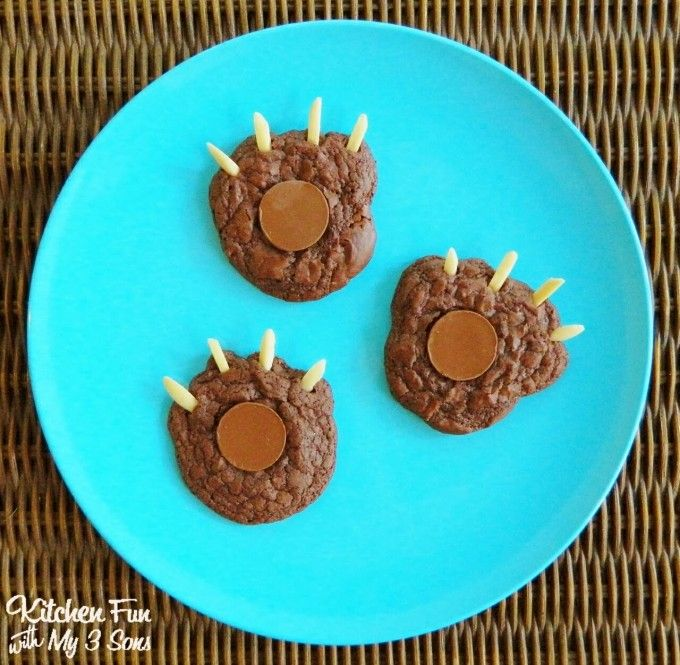 Bear Claw Cookies...so easy to make! A fun Camping treat idea for the Kids from KitchenFunWithMy3Sons.com