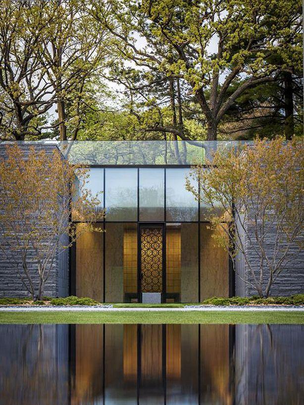 Minnesota Cemetery's light-Filled Mausoleum and Garden | Urban Gardens
