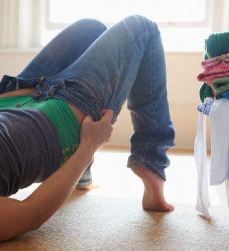 Совет 1: Как обрезать джинсы в шорты