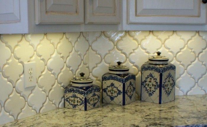 Cream Colored Arabesque Tile Backsplash With A Slight 3d Effect Near Off White Subway Tile Backsplash Kitchen Kitchen Backsplash Designs Subway Tile Kitchen