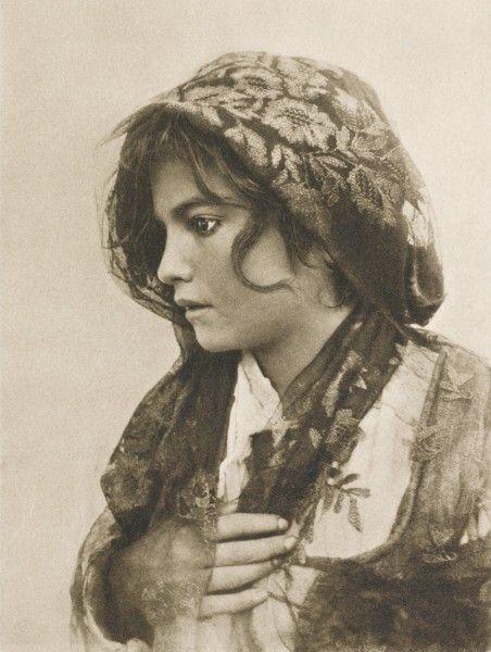 Angelina, photography 1899 by Wilhelm von Gloeden