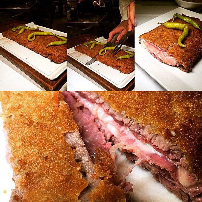Cachopos http://www.escapadarural.com/blog/cachopos-el-remedio-asturiano-para-no-quedarse-con-hambre/