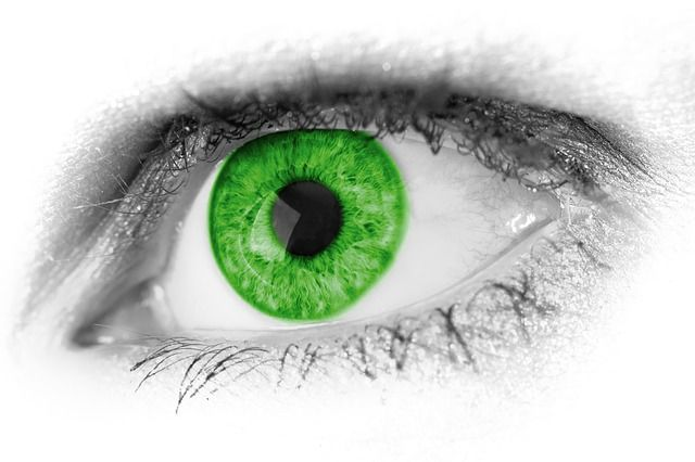 Using Colloidal Silver to Heal Eye Infections