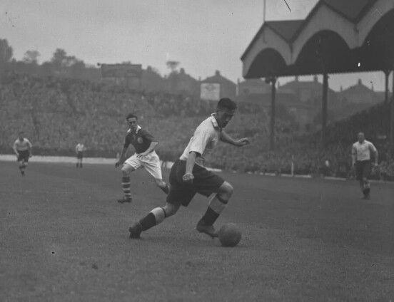 Bolton Wanderers Football Club Vs Charlton Athletic Football Club, 1946