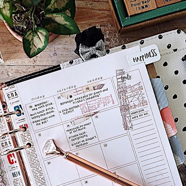Challenge accepted: i will make pink work for me! Glamming up this weekend with @myprimaplanner! What colors challenge your style? #plannerPhilippines #plannerph #thePHplannersociety #thePHplanningsociety #midoritravelersnotebook #travelersnotebook #plannergirl #travelerscompany #travelersnote #travelersfactory #plannerstickers #clearstamps #plannergirl #plannercommunity #plannerlove #plannernerd #travelersnotebookph #myprimaplanner