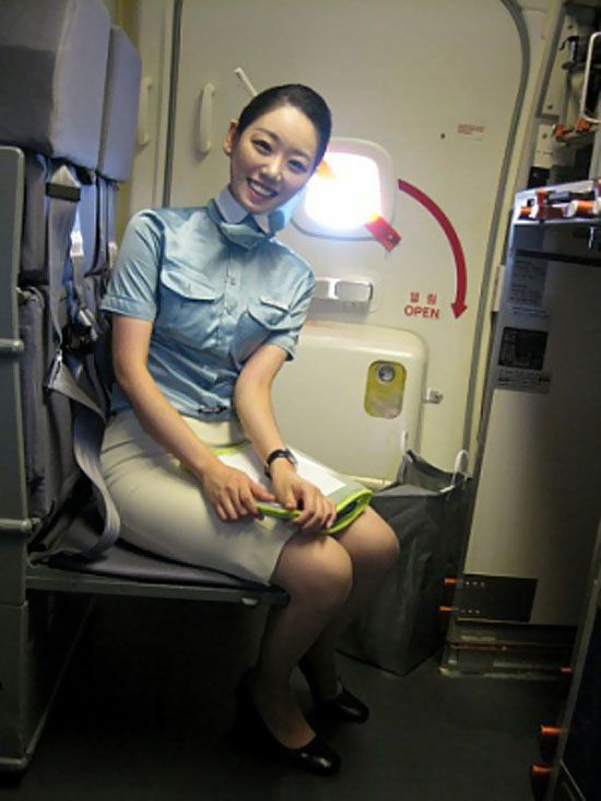 The pretty angels in Korean Air ~ World stewardess Crews