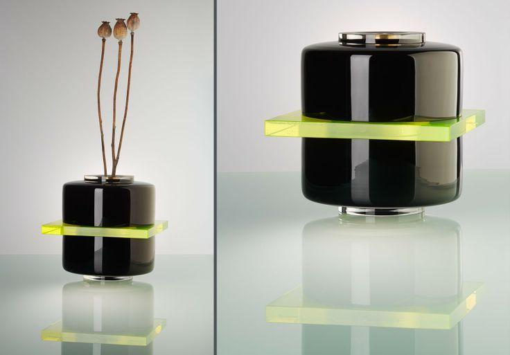 Uranium vase