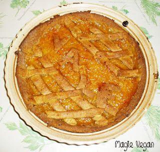 Piccole Magie Vegan: Crostata friabile con farro, mais e mandorle