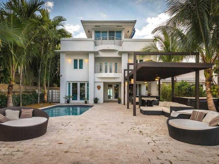 N Coconut Ln Miami Beach
