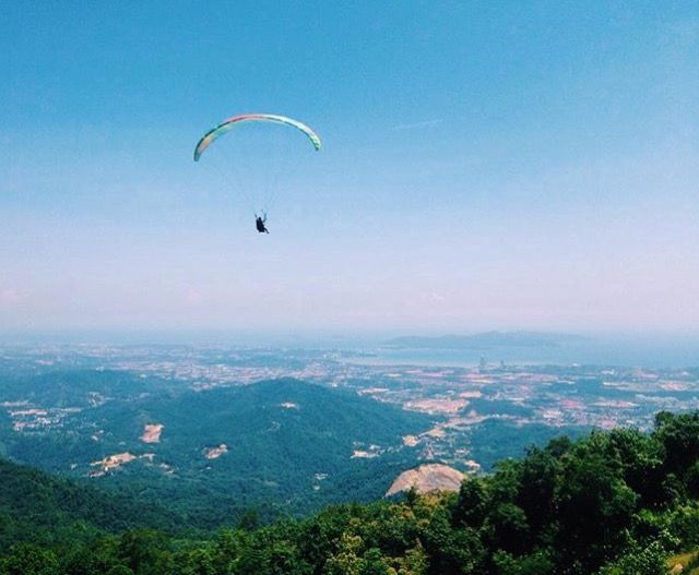 Paragliding, Kokol Hill, Kota Kinabalu, Borneo, Malaysia