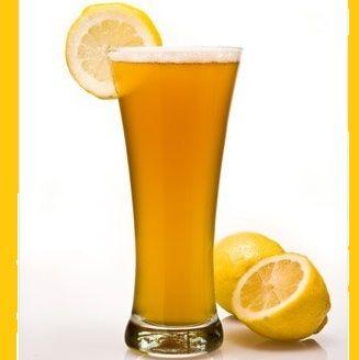 Ингредиенты:  60 мл сока апельсина 60 мл сока ананаса 30 мл сока лимона 15 мл сахарного сиропа 30 мл воды газированной лёд кубиками  Гарнир:  долька лимона  Приготовление: Перелить все