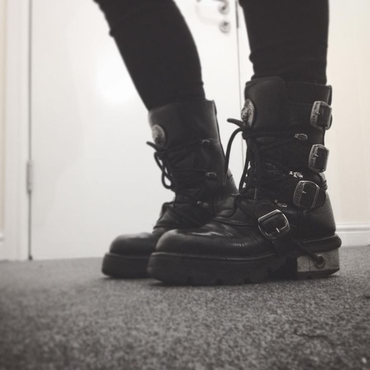 New Rock boots                                                       …
