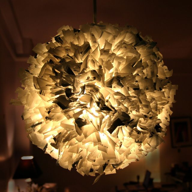 Plastic Bag lampshade http://the3rsblog.wordpress.com/2011/02/15/project-15-week-19-recycled-plastic-bag-pendant-light/