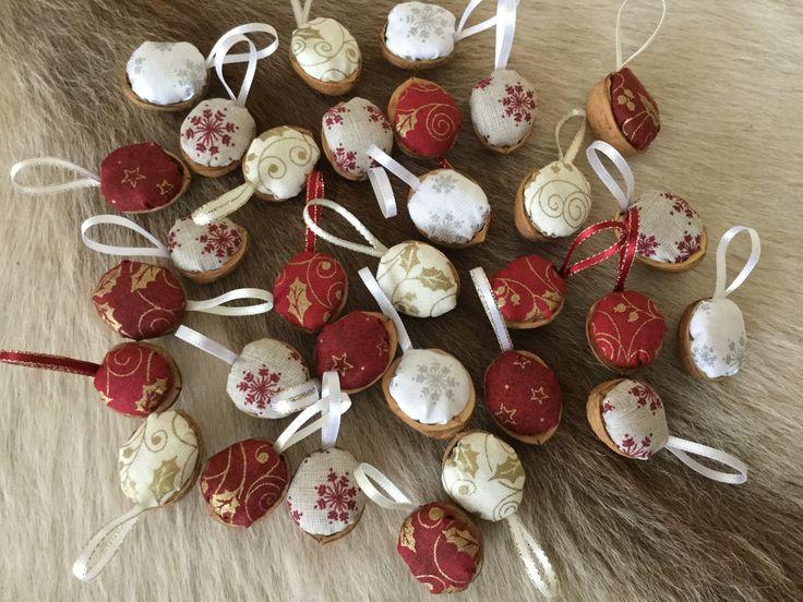 Vánoční oříšky