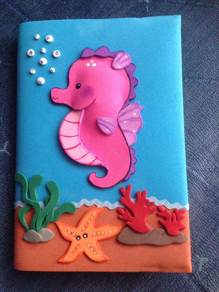 Las 25 mejores ideas sobre folders decorados en pinterest for Sobres de goma eva