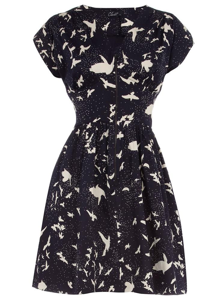 Take me back to the 50s.  <3: Birds Prints, Darling Dresses, Cute Birds, Prints Dresses 35, Bird Prints, Navy Birds, Birds Dresses, Blue Birds, Closet Blue