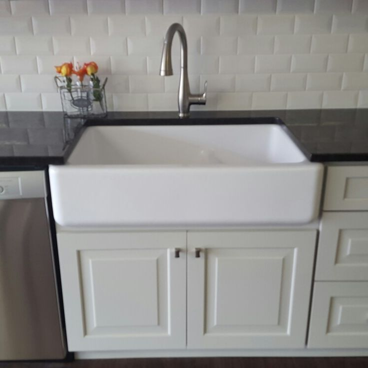 Kitchen Enchanting Kohler Farmhouse Sink For Your Modern: Kohler Farmhouse Style Sink With Grohe Faucet And Dura