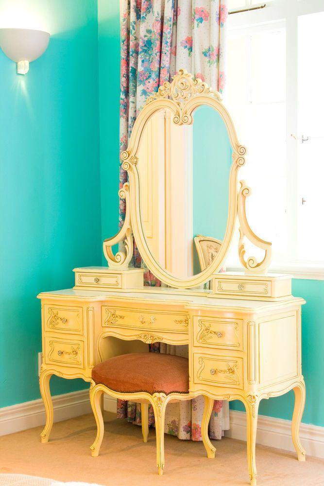 Vintage vanity used as a beauty station where we can offer hair & makeup services