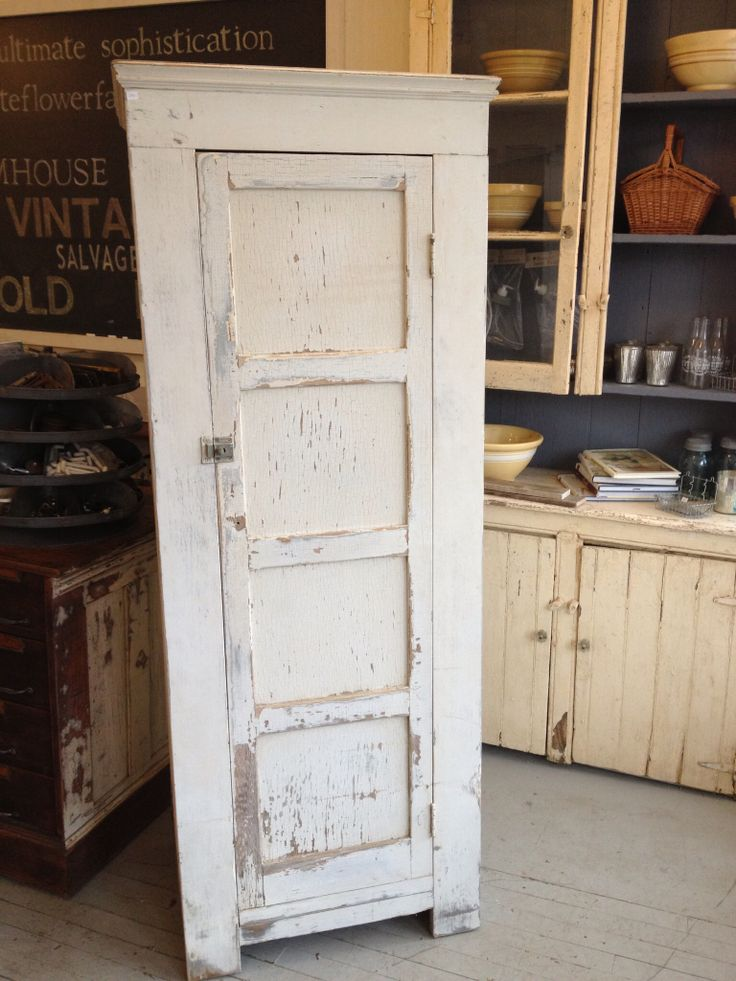 434 best images about CHIPPY DISTRESSED SHABBY PAINTED FURNITURE on Pintere