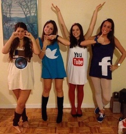 teen girls disguised as social media see more fun halloween costumes and party ideas at - Halloween Social Ideas