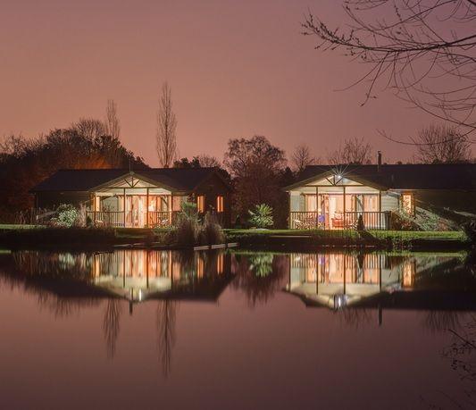 Kingfisher and Heron lodges near Exeter http://www.bluechipholidays.co.uk/devon/exeter/kingfisher-lodge?os=1 #luxurylodges #lodges
