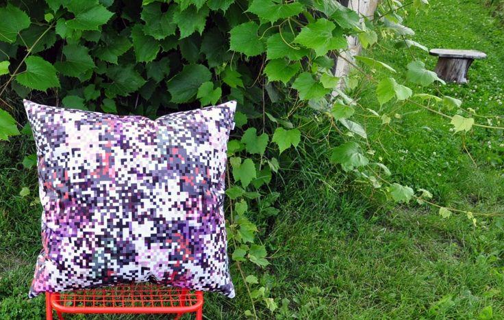 poduszka dekoracyjna 60x60 piksele szare