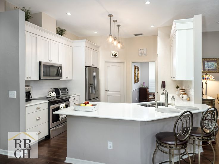 Traditional White Kitchen Cabinets #41 (Kitchen-Design-Ideas.org ...