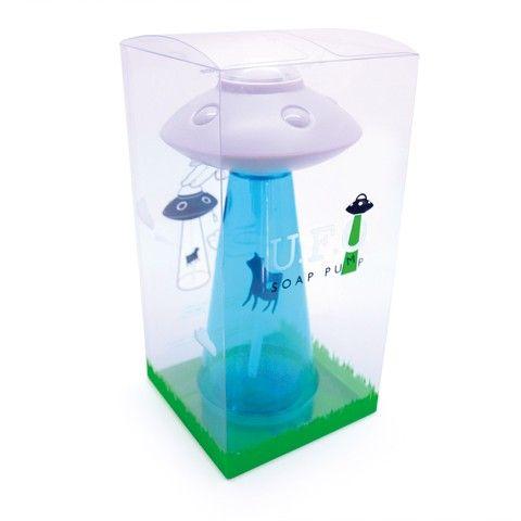 ユーモアとセンスに溢れたソープディスペンサー。洗面台にハンドソープを入れて置けばたちまちスペーシーな空間に! 食器用洗剤を入れてキッチンで使ってもOKです。  φ130×H230mm 容量:400ml 材質:ボトル/PET(耐熱温度80℃) ポンプヘッド/ABS樹脂(耐熱温度80℃) ポンプヘッドトップ/ポリプロピレン(耐熱温度120℃) ノズルチューブ/シリコン樹脂(耐熱温度230℃) フィギュア/ポリプロピレン(耐熱温度120℃) ポンプチューブ/ポリエチレン(耐熱温度100℃) ポンプ/ポリプロピレン(耐熱温度100℃)