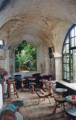 la colombe d'or saint paul de vence, a famous restaurant in Saint Paul de Vence, France