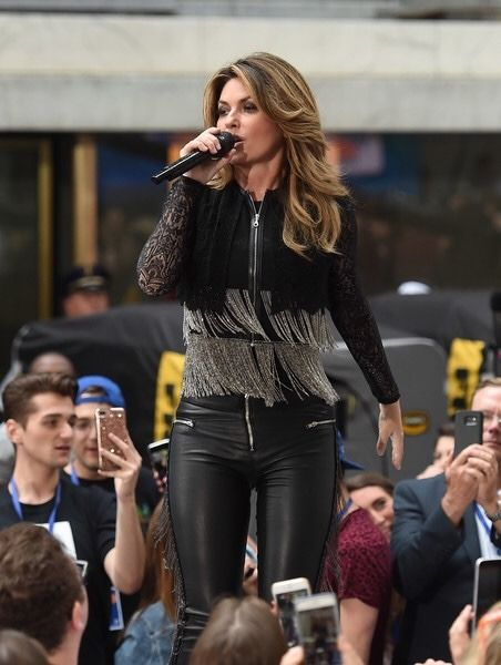 "Shania Twain performing her new song from her upcoming album ""Now"""