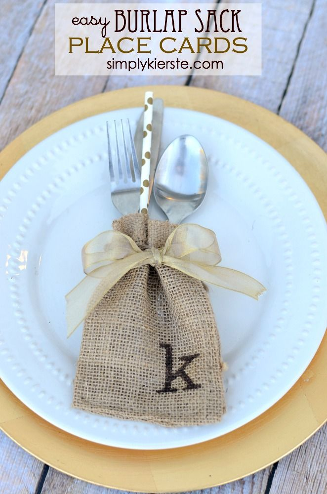 Burlap Sack Place Cards and Tableware Holder in one! Super cute, easy to make, and perfect for your Thanksgiving table! | Thanksgiving Place Cards from @kierste