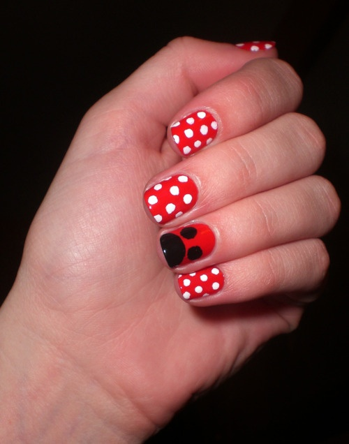 Minnie Mouse nails!: Nails Art, Disneyland Trips, Disney Trips, Mouse Nails, Minnie Mouse, Upcom Disneyland, Mickey Nails, Nails Ideas, Minnie Nails